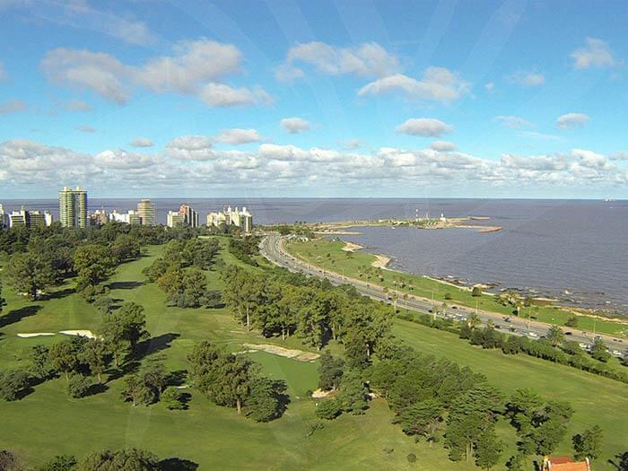Initium Entorno - Foto del Club de Golf en Punta Carretas